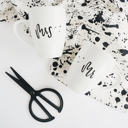 SET OF MUGS 360ML *Mr & Mrs*